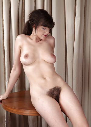 Mature Hairy Porn