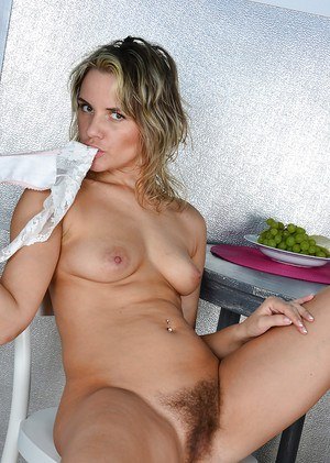 Milfs With Hairy Pussys
