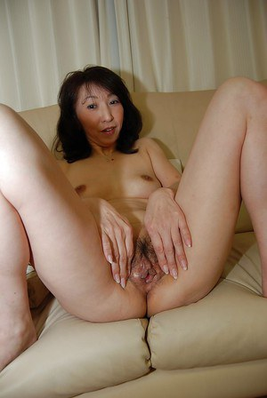 Hairy Housewife Porn