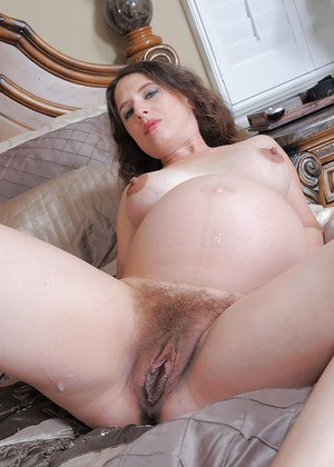 Hairy Pregnant Porn